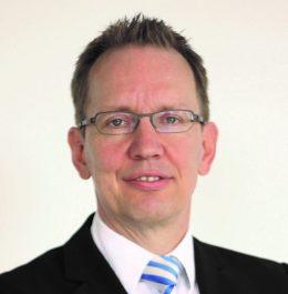 Dr. Bernd Hartmann klein
