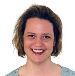 Dr.-Farina-Blattner-2.jpg